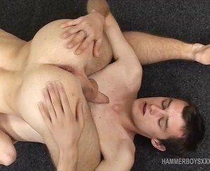Twinks Peter and Zdeno Bareback
