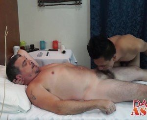 Asian twink spread his ass for a