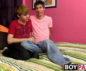 Naughty twinks James and Kyler