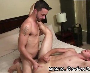 Twink having sex with tranny and