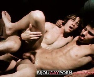 Young Men Fuck & Suck in BOYS OF
